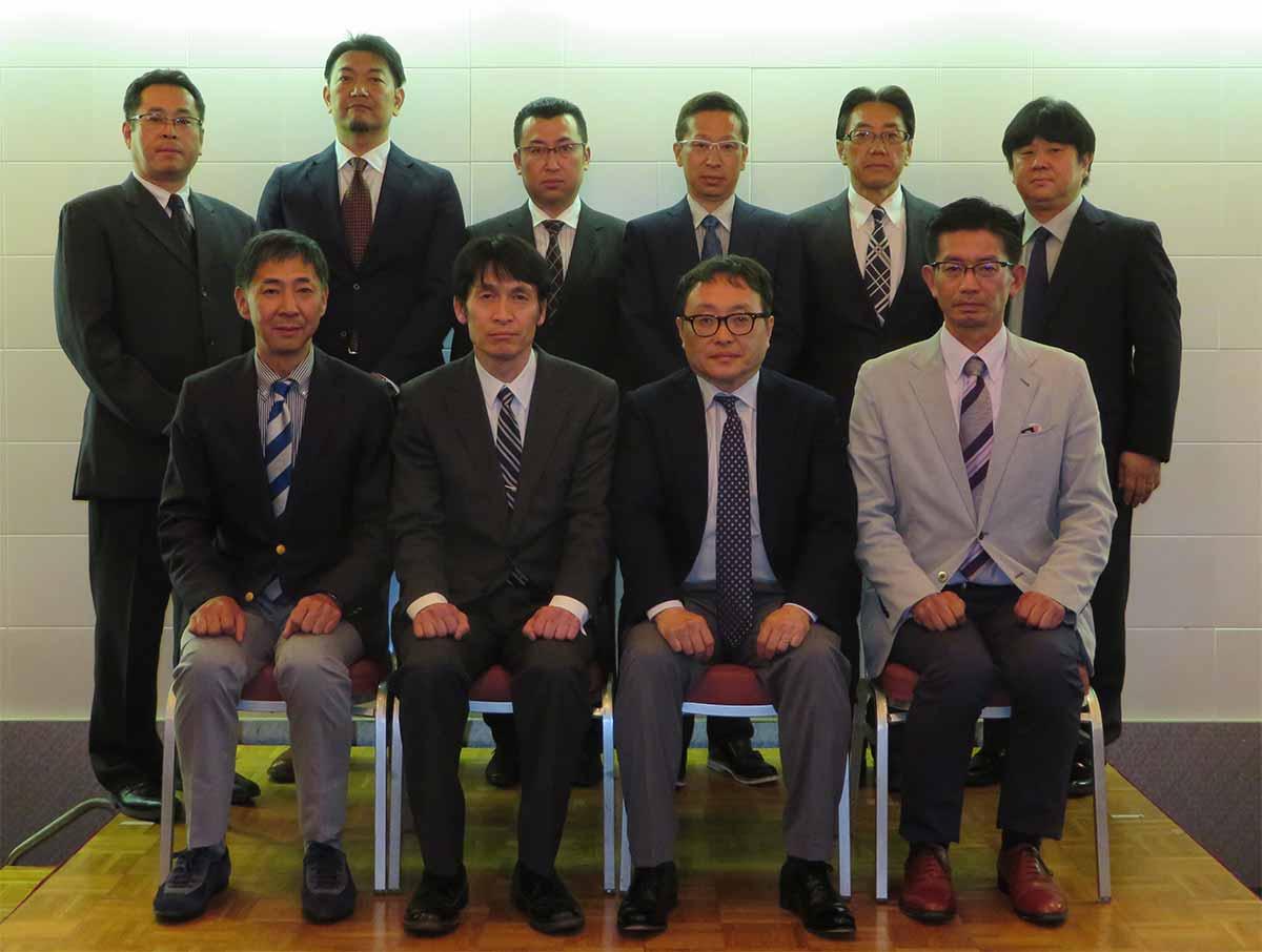 上田小県歯科医師会理事一同